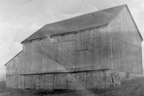 1842 Barn (1)