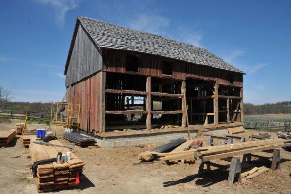 1842 Barn (10)