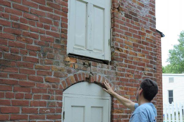 Arrow Rock Gun Shop Brick Inspection