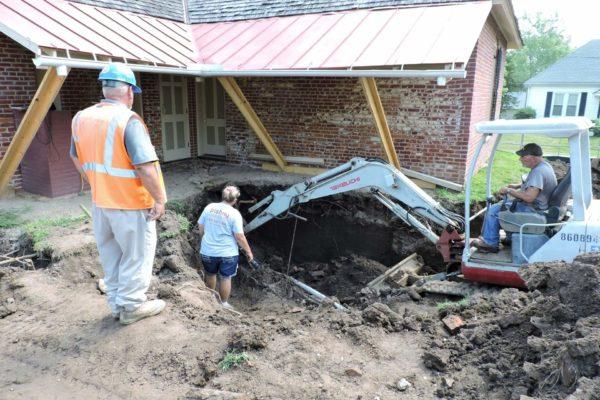 Arrow Rock Sites House Cellar Dig