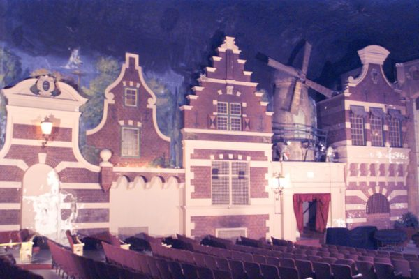 Holland Theatre (1)