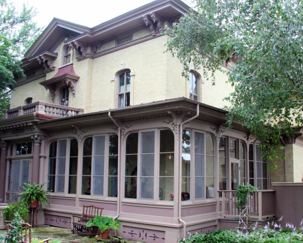 Villa Louis Jeffris Family Foundation